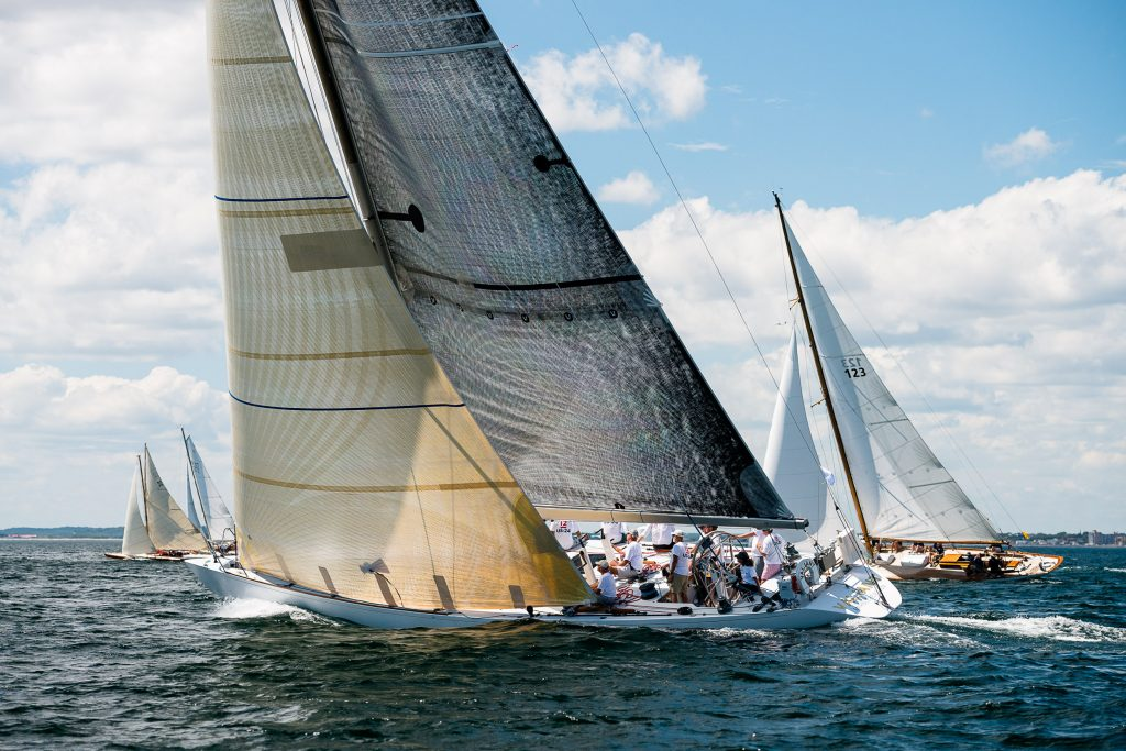 Valiant sailing in the Marblehead Corinthian Classic Yacht Regatta. Photo by Cory Silken / Panerai, © Cory Silken 2016.