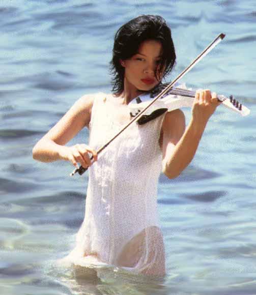 Vanessa Mae, skier, violinist